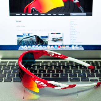 RADARLOCK™ PATH SKU# OO9181-16 Color: Infrared/Positive Red Iridium & VR28
