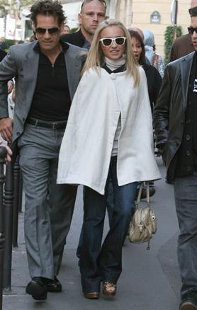 Hayden Panettiere wears Oakley Frogskins