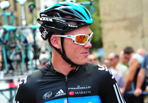 oakley racing jacket f5of  Oakley Racing Jacket SGD$330 路 as seen on chris froome