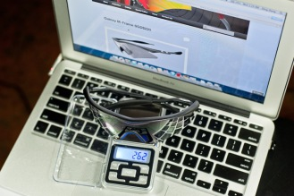 Oakley M-frame weight at 26.2g