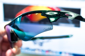 """cavendish"" logo on lens of Oakley RadarLock Mark Cavendish Signature Series Path detailed view"