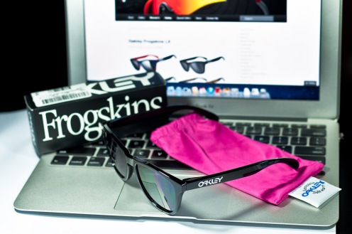 $190 FROGSKINS® SKU# 24-306 Color: Polished Black/Grey