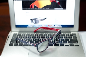 Oakley Frogskins LX details by wahliaodotcom