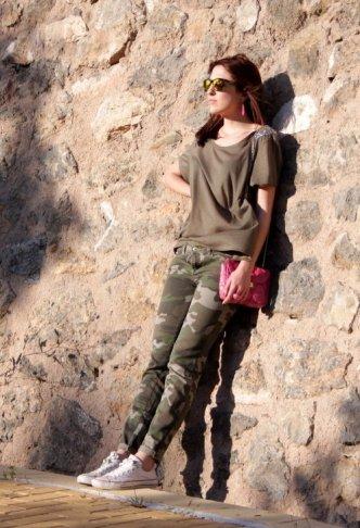 hm-camisetas-zara-pantalones~look-main