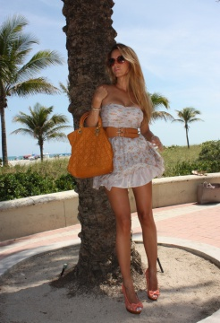 papaya-dresses-christian-dior-bags