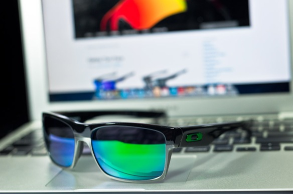 fr SGD$250 Oakley Two Face SKU# OO9189-04 Polished Black/Jade Iridium