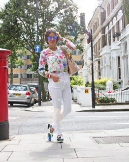 white-jeans-bloggers