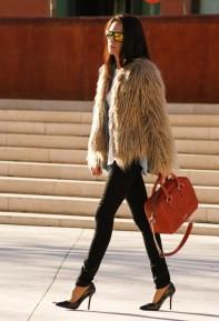 zara-marron-palido-oakley-abrigos~look-main-single