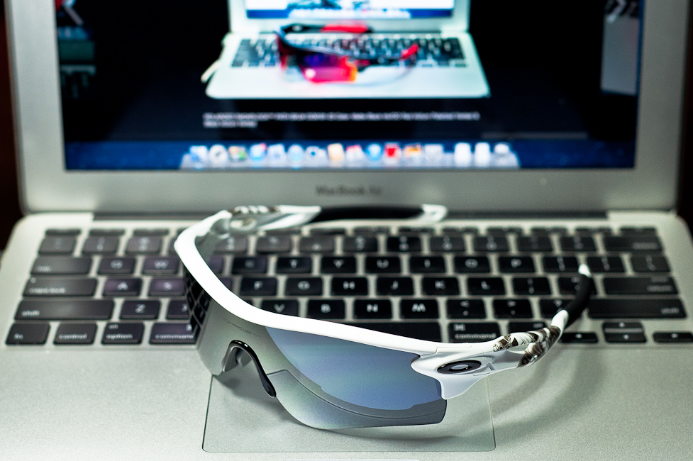 SGD$450 POLARIZED RADARLOCK™ PATH SKU# OO9181-20Color: Matte White/Grey Polarized & VR28 Black Iridium @Singapore