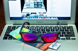 LIMITED EDITION FROGSKINS® AQUATIQUE COLLECTION SKU# 24-358 Color: Abyss/Positive Red Iridium