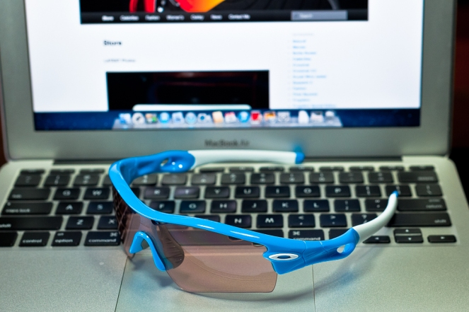 SGD$380 RADAR® PATH™ PHOTOCHROMIC SKU# 09-751 Color: Sky Blue/VR50 Photochromic Vented