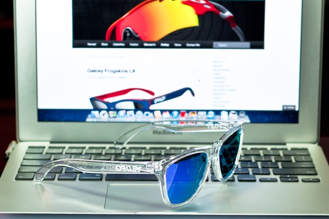 FROGSKINS® SKU# 24-305 Color: Polished Clear/Violet Iridium