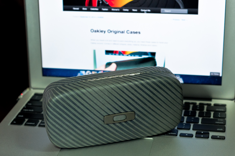 Oakley Square O Case