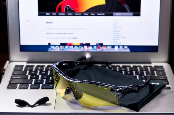 SGD$280 Oakley Custom RadarLock by wahliao.com Singapore Color: Carbon Fibre/Yellow Vented. Purpose: For athletes and cyclists, evening/night Set as pictured.