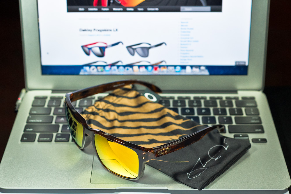a27db8f721 Oakley Shaun White Signature Series Holbrook – Singapore Online Shopping  and Lifestyle Collections